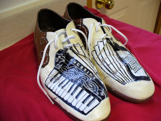 Accordion Shoes
